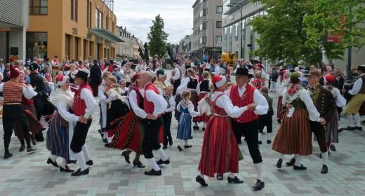 Dans ute i Jstad, 2